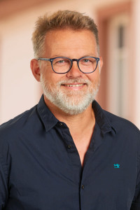 Dr. Matthias Herzog, Platz 43